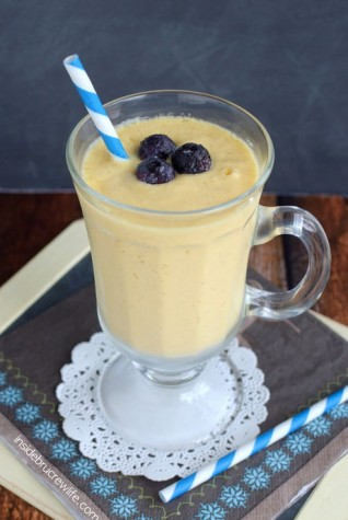 Coconut-Mango-Smoothie-2FINAL